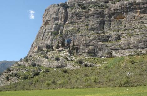 Παναγιά του βράχου