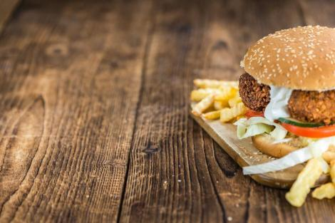 Burger με φαλάφελ