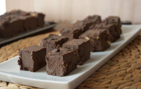 Vegan Fudge Σοκολάτας με καβουρντισμένους ξηρούς καρπούς