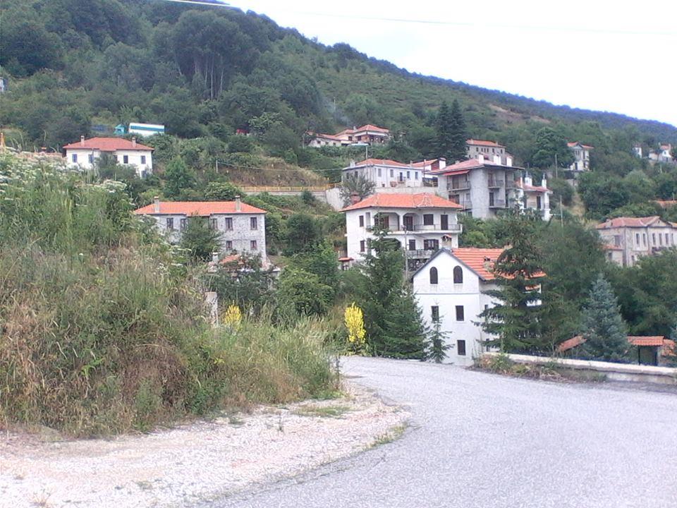 8a6d3cef0fe Πισοδέρι: Σπάνια ομορφιά και φιλοξενία στα 1480 μέτρα — Μαρία Ηλιάκη